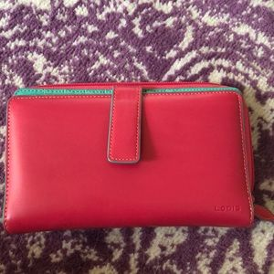 Lodis lightly used large wallet